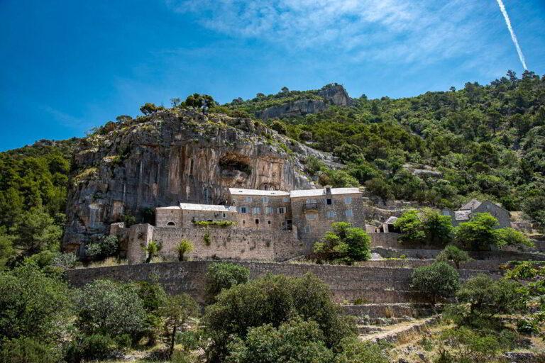 Blaca monastery RMP 3102 Roni.ws