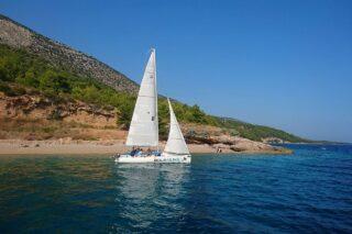 Bol Sailing - Sail and Snorkel