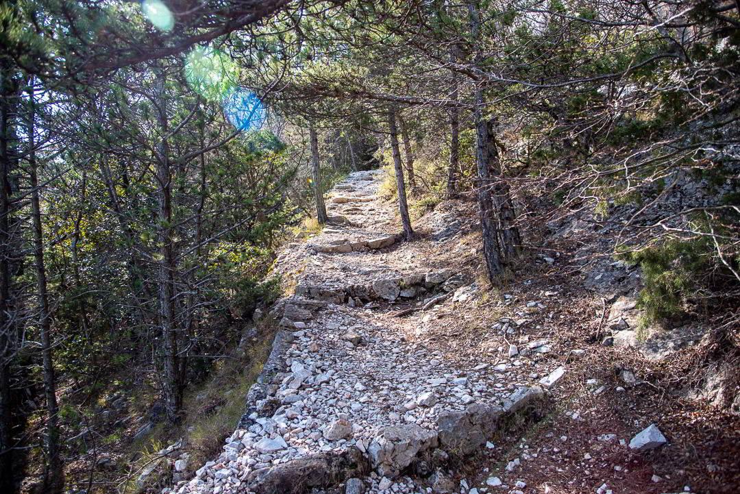 Hiking to Vidova Gora