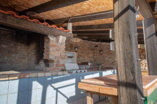 Robinson-house-Galisnjok-Bol-summer-kitchen