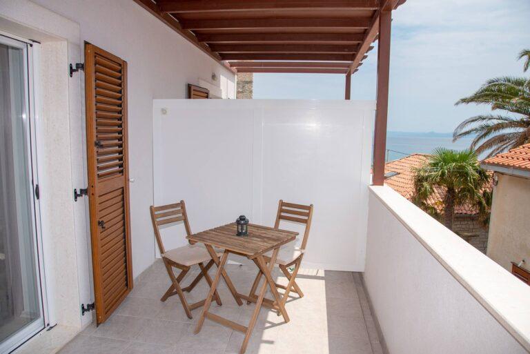 Sea Pearl studio apartment Stone with sea view