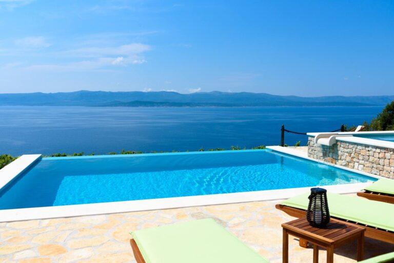 Villa Linda Bol Villa with swimming pool 2