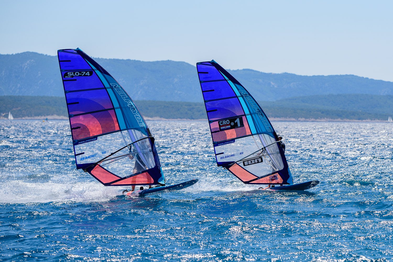 Windsurfing in Bol